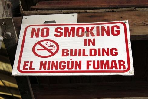 fumar mata y las malas traducciones también